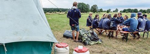 Covid-19: les camps scouts croulent sous les normes sanitaires
