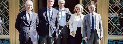 Présidentielle 2022: LR veut forcer Xavier Bertrand au rassemblement