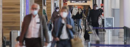 Aéroport: le casse-tête de l'explosion du temps d'attente des passagers à Roissy et Orly