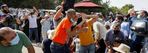 Tunisie: le président s'octroie le pouvoir exécutif et porte un coup à Ennahdha