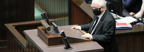 En Pologne, le PiS voit sa majorité vaciller