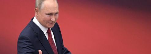 Moscou «n'abandonnera jamais» la Crimée mais craint les sanctions