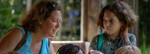 Ces familles qui reçoivent un enfant de plus pour les vacances
