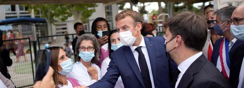À Marseille, Emmanuel Macron poursuit sa campagne