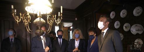 Macron célèbre Proust et le patrimoine