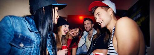 Covid: week-ends d'intégration et soirées étudiantes se dérouleront sous condition