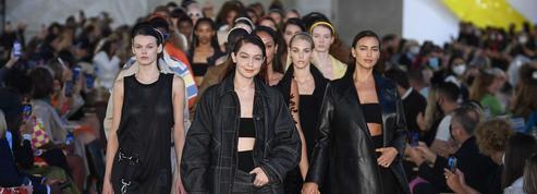 Défilé de mode: le glamour à l'italienne