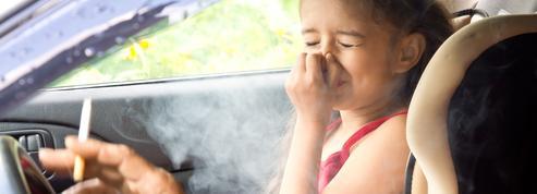 Quand le tabagisme passif durant l'enfance augmente le risque de maladie auto-immune