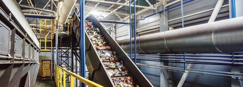 Plastique: industriels et recycleurs en guerre
