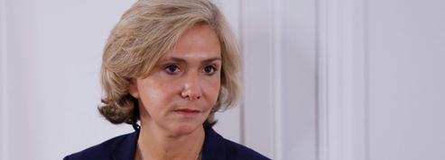 RER: Valérie Pécresse déterre la hache de guerre avec Alstom