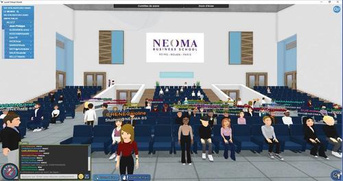 Les amphis permettent à plus de 200 étudiants de suivre une présentation.