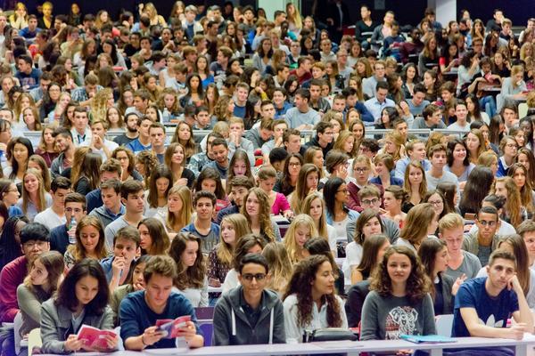 Dauphine accueille 13 % d'étudiants étrangers, l'objectif est d'en avoir 20%