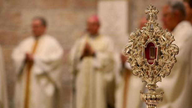 Une relique du berceau de Jésus retourne pour la première fois à Bethléem XVM3146edaa-12b5-11ea-bbec-04398daf62ae