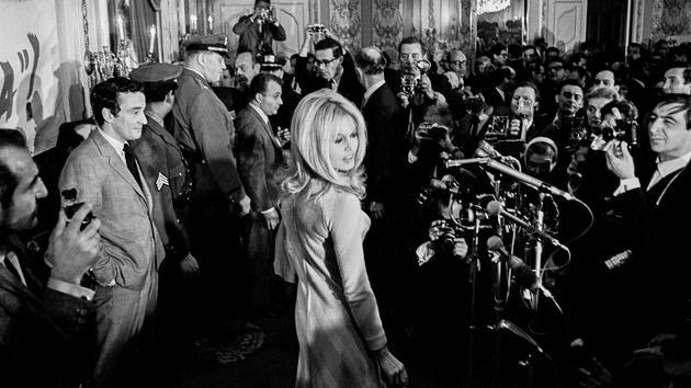 De Bardot à Yourcenar, les belles rencontres du photographe Jean-Pierre Laffont