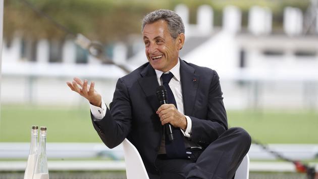 Sarkozy plébiscité par les macronistes, derrière Macron et Philippe