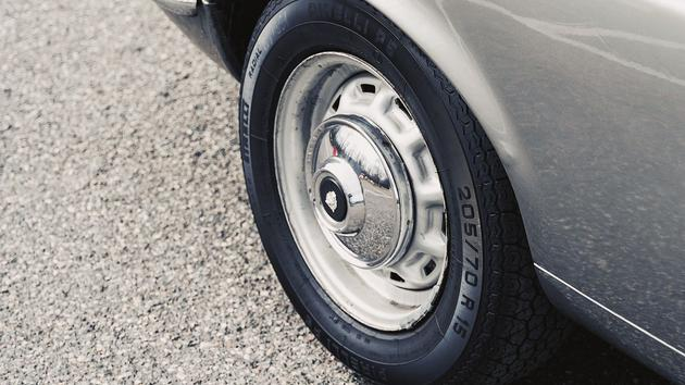 Équipement automobile: Pirelli soigne les collectionneurs