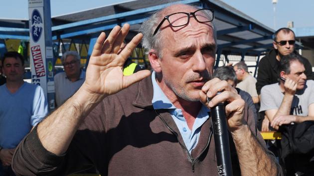 Municipales: à Bordeaux, spectaculaire percée pour Poutou
