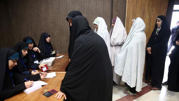 Les Iraniens tournent le dos aux législatives et au pouvoir