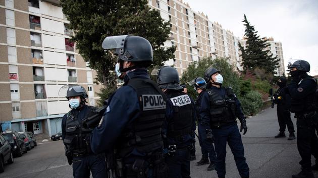«Renoncer au confinement dans les quartiers sensibles, c'est abandonner les populations sur place!»