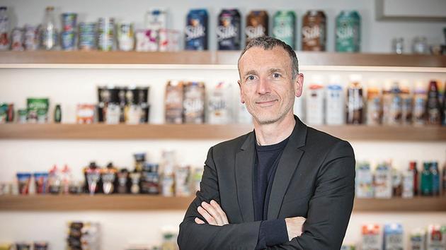 Danone: Emmanuel Faber tente de sauver son poste de PDG - Le Figaro