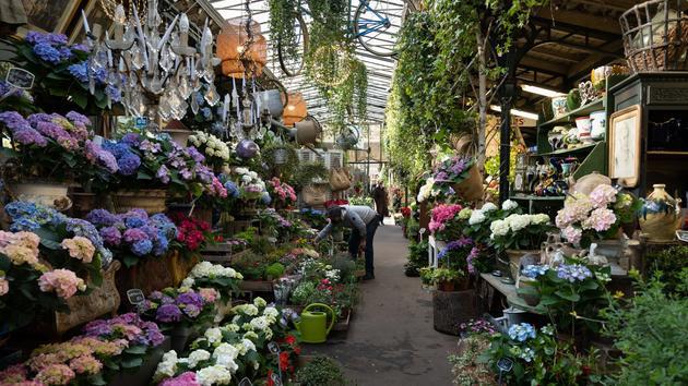 L'avenir menacé du marché aux fleurs Reine-Elizabeth II à Paris