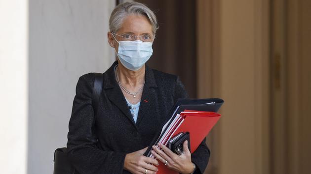 Élisabeth Borne veut assouplir un peu plus les congés obligatoires