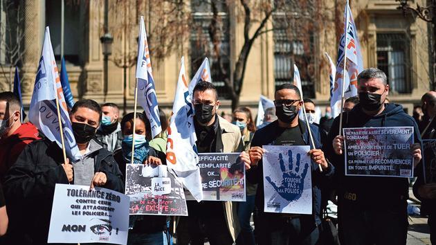 Attaque de Viry-Châtillon: la grande colère des policiers