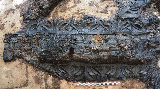 Un somptueux plafond gallo-romain découvert à Chartres