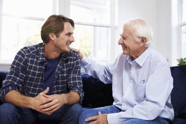 Je me fais adopter par mon voisin de 82 ans