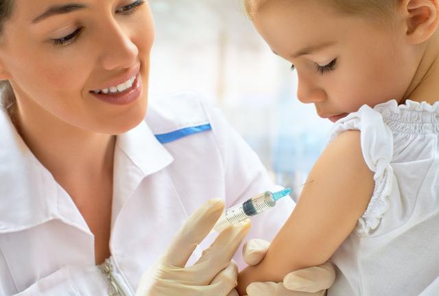 Vaccins: de l'obligation à la sanction pénale