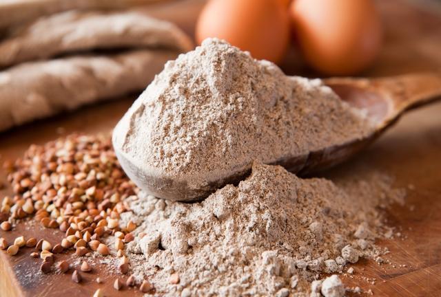 Rappel de farine de sarrasin bio contenant une plante toxique