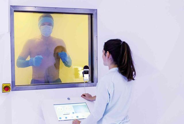 3 minutes dans une cabine de cryothérapie
