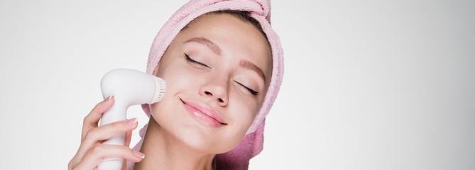 Comparatif brosses nettoyantes visage électriques
