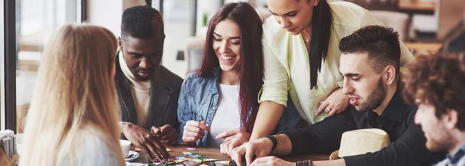 Comparatif jeux de société adultes : notre sélection de 4 modèles