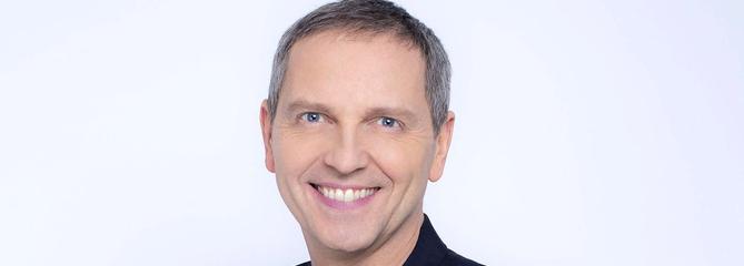 Thomas Hugues fait son retour sur CNews