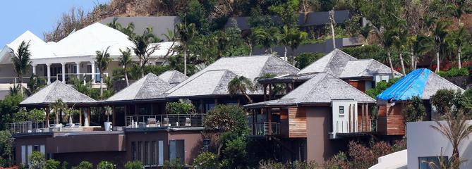 Les villas de Johnny Hallyday, ses royalties, ses droits d'auteurs... Les chiffres secrets de sa fortune
