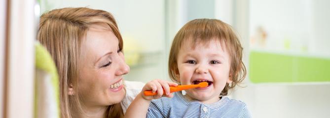 Brosse à dents pour bébé : comment choisir ?