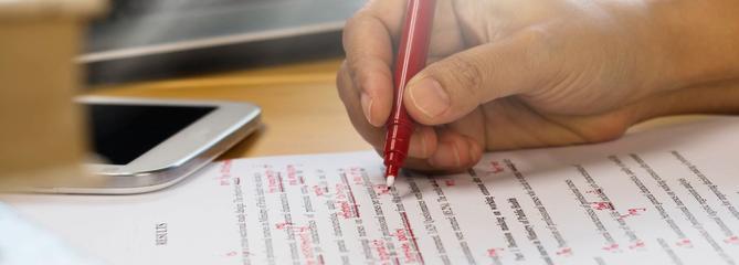 Bac: des syndicats d'enseignants appellent à la rétention des notes