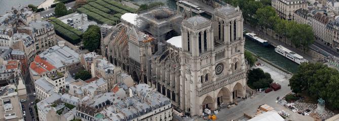 Notre-Dame: la loi pour la restauration adoptée