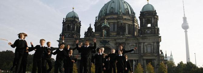 À Berlin, le procès d'une chorale de garçons qui refuse d'intégrer une petite fille