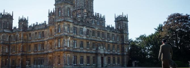 Après une nuit au Louvre, Airbnb propose le manoir de Downton Abbey à la location