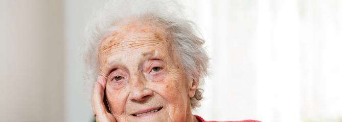 Maladie d'Alzheimer : de nouvelles solutions thérapeutiques sont-elles possibles ?