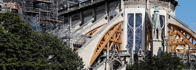 À Notre-Dame,un chantier précaire