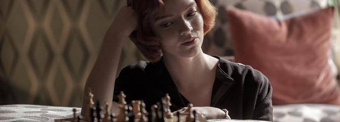 Le Jeu de la dame: le grand et sublime échiquier d'Anya Taylor-Joy sur Netflix