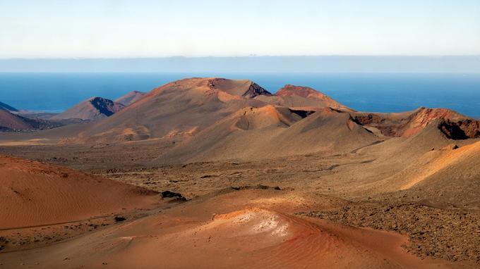 Le parc national de Timanfaya sur l'île de Lanzarote. (Crédit: kanbron/Flickr/CC)