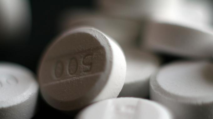 Les doses doivent être adaptées au poids du patient.