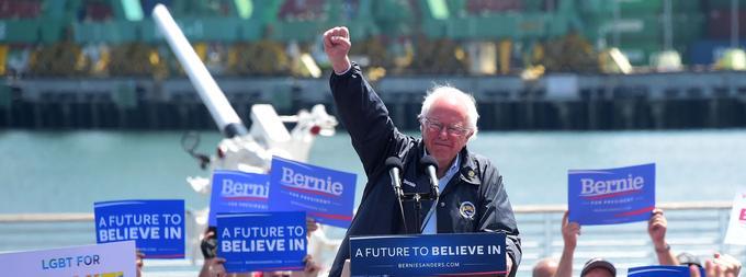 «Maintenant, il est temps d'accomplir cette révolution et de faire triompher les idées pour lesquelles nous nous sommes battus», écrit Bernie Sanders à ses partisans au moment d'annoncer sa candidature.