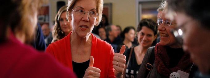 La sénatrice Elizabeth Warren se fait la championne des classes moyennes, plaidant pour un système de santé universel, un salaire minimum plus élevé et le contrôle des banques.