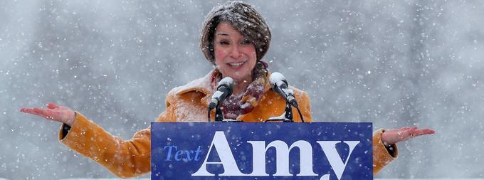 C'est sous la neige, par près de -10°C, qu'Amy Klobuchar a lancé sa candidature le 10 février à Minneapolis.