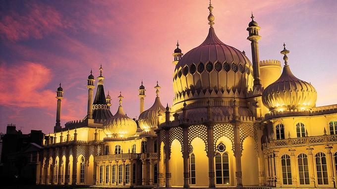 Indien à l'extérieur, chinois à l'intérieur: le Royal Pavilion est une curiosité architecturale.